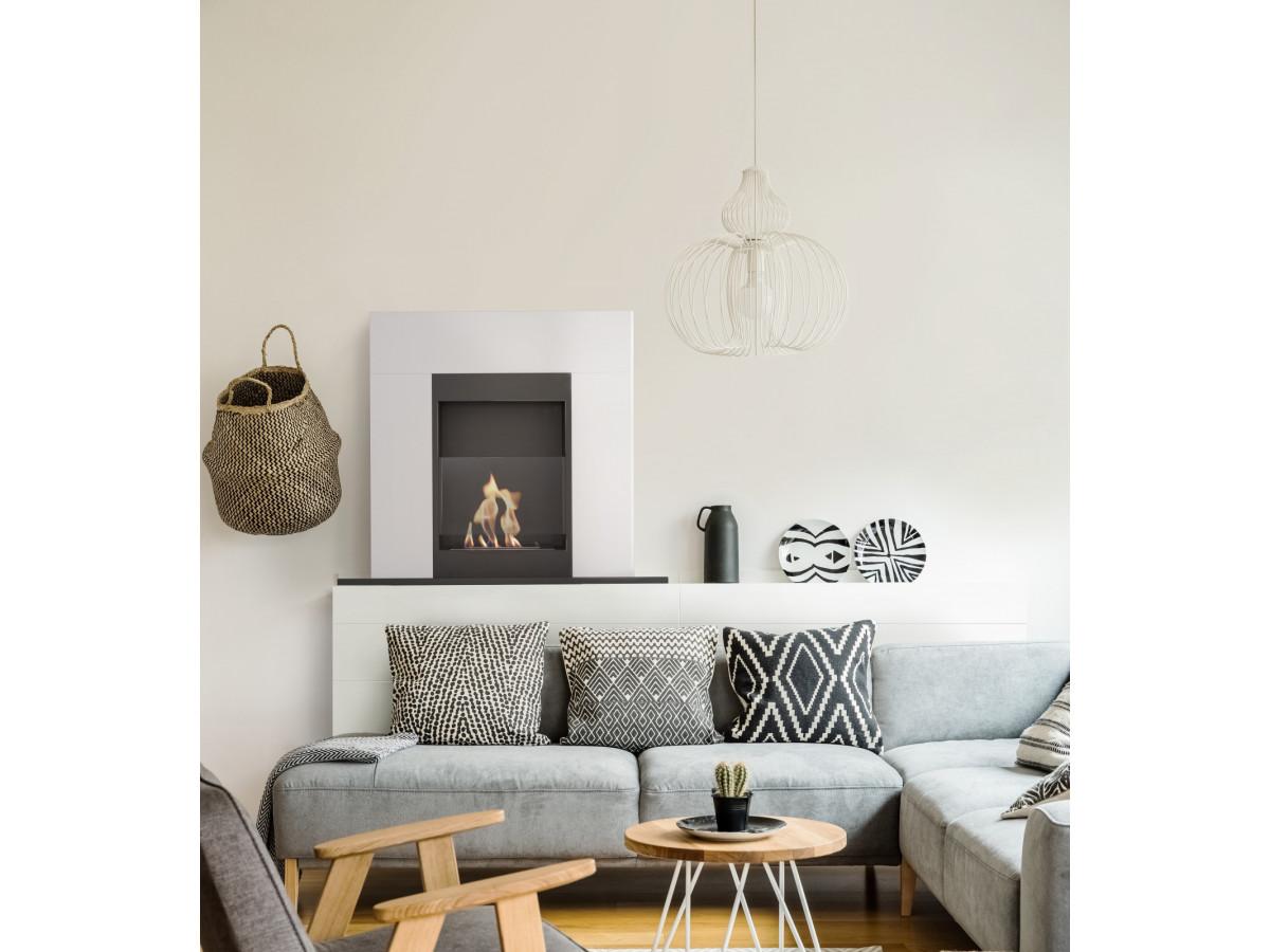 cheminée bioéthanol forme traditionnelle trompe oeil appartement parisien déco Bobochic