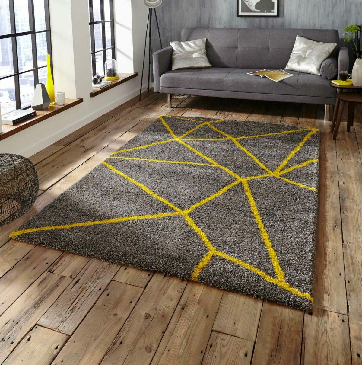 idée décoration moderne design salon gris jaune loft meuble