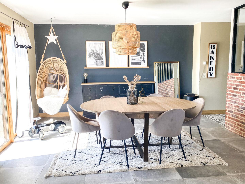 table à manger avec tapis berbere table industrielle et chaise bailar