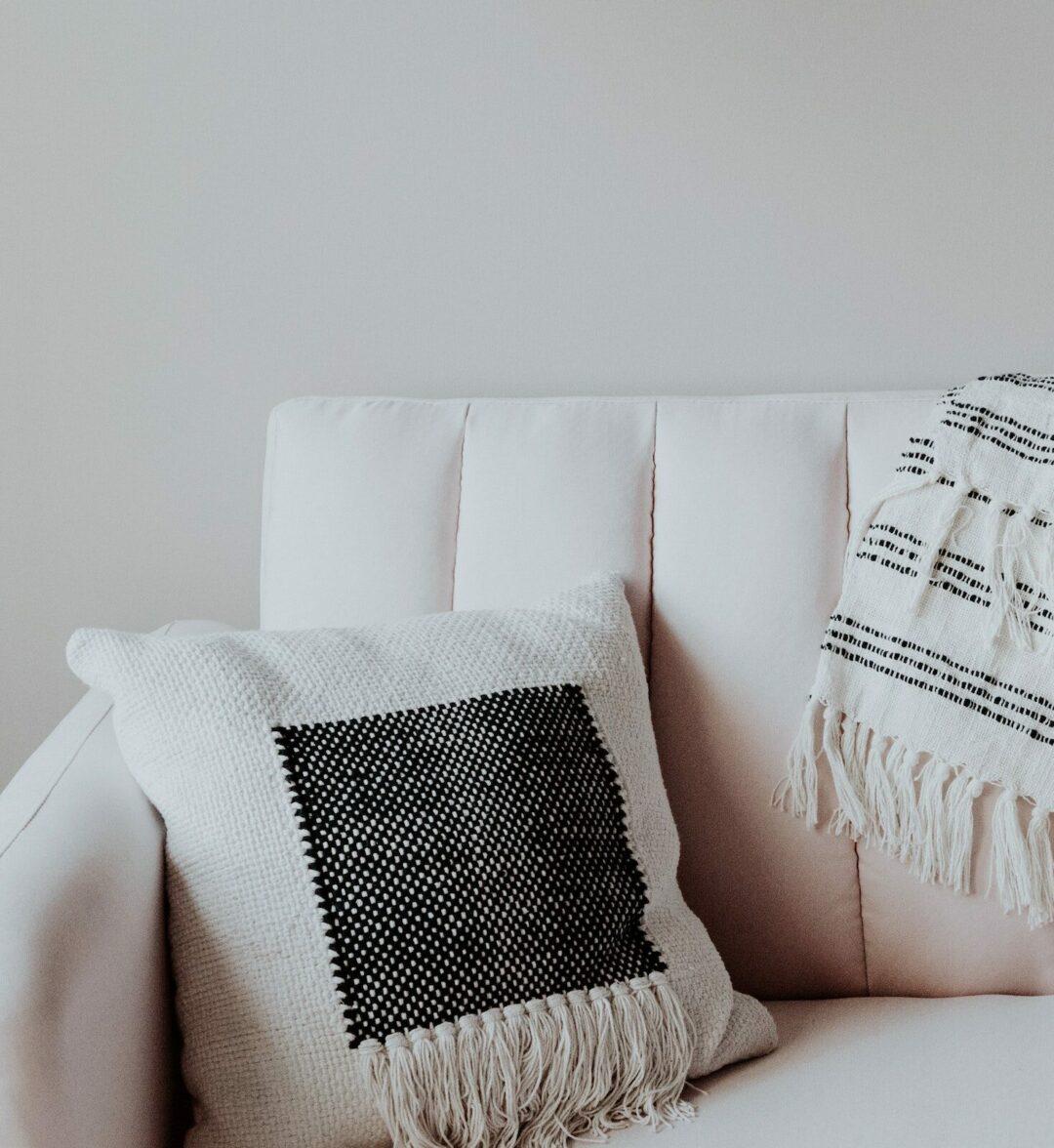 comment nettoyer canapé cuir blanc astuces grand-mère