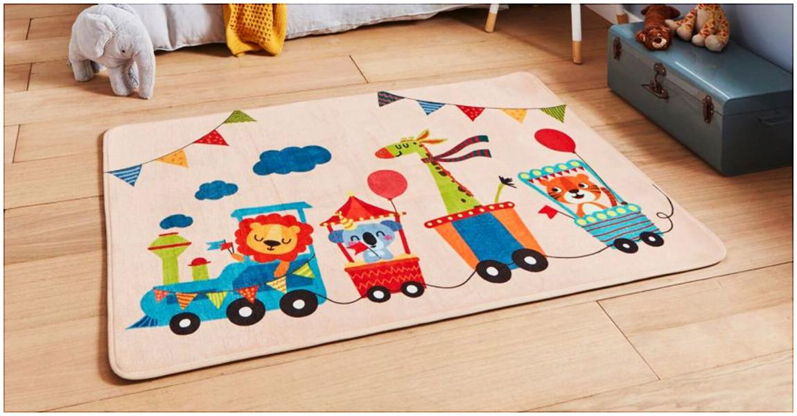 Décorer la chambre de votre enfant avec le tapis CIRCUS KID, mignon, doux et parfait pour les plus petits.