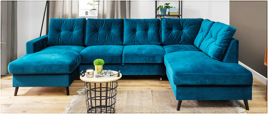 Nettoyer des taches tenaces sur un canapé en velours.